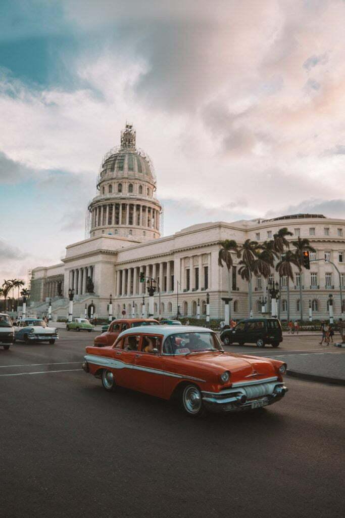 """Portada noticia """"Aplausos en la Habana"""""""