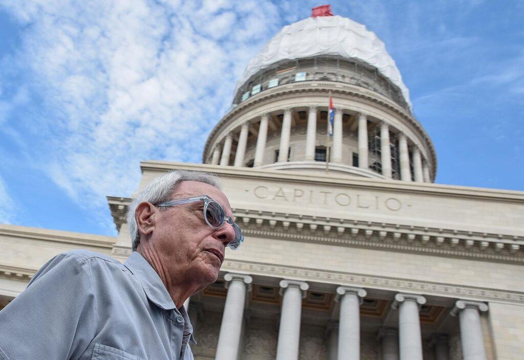 """Portada noticia """"La Habana llora a su eterno enamorado"""""""