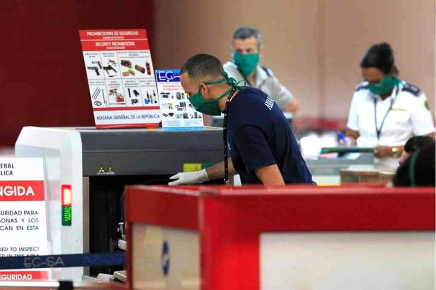 """Portada Noticia """"Abre Aeropuerto Habana"""""""